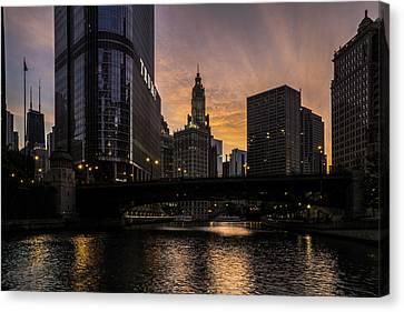 early morning orange sky on the Chicago Riverwalk Canvas Print by Sven Brogren