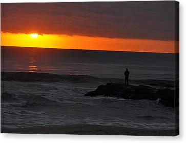 Early To Rise Canvas Print by Joe  Burns