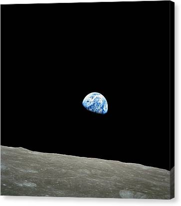 Earthrise - The Original Apollo 8 Color Photograph Canvas Print