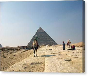Egypt - Pyramid3 Canvas Print by Munir Alawi