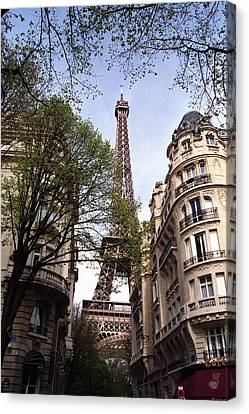Canvas Print featuring the photograph Eiffel Tower 2b by Andrew Fare