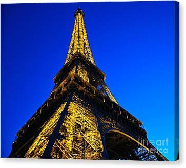 Eiffel Tower At Dusk Canvas Print