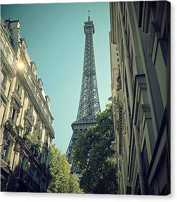 Eiffel Tower Canvas Print by Louise LeGresley