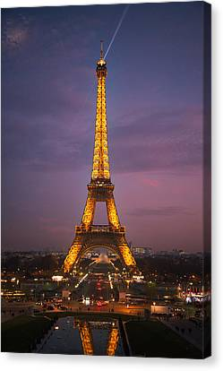 Eiffel Tower Sunset Reflection Canvas Print