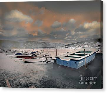 Canvas Print featuring the photograph El Muelle by Alfonso Garcia