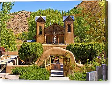 El Santuario De Chimayo Canvas Print by Bill Barber