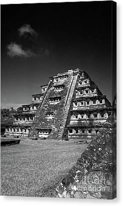El Tajin Pyramid Veracruz Mexico Canvas Print by John  Mitchell