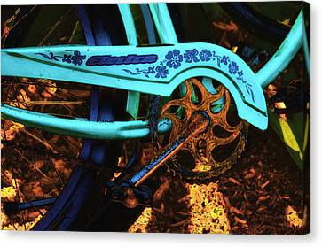 Electra Bicycle Canvas Print by Lyle  Huisken