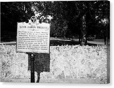 Elvis Presley Marker Nameplate And Low Wall Outside Graceland Memphis Tennessee Usa Canvas Print by Joe Fox