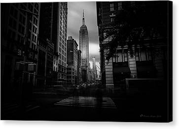 Canvas Print featuring the photograph Empire State Building Bw by Marvin Spates