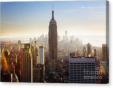 Empire State Building Canvas Print by Edward Fielding