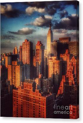 Empire State In Gold Canvas Print