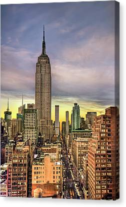 Empire State Of Mind Canvas Print by Evelina Kremsdorf