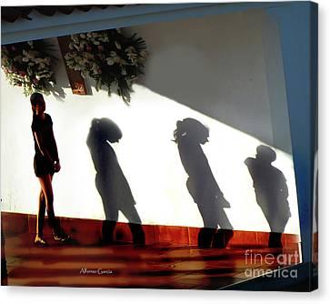 Canvas Print featuring the photograph En La Ermita by Alfonso Garcia