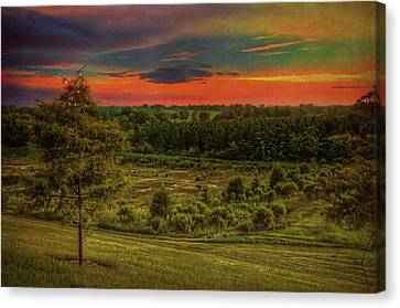 Canvas Print featuring the photograph End Of Day by Lewis Mann