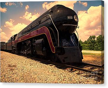 Engine #611 In Ole Town Petersburg Virginia Canvas Print