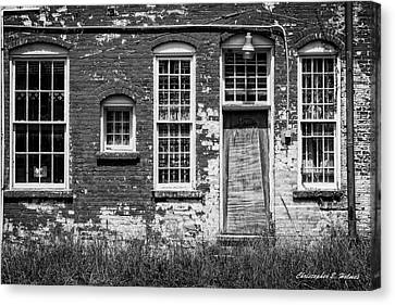 Canvas Print featuring the photograph Enough Windows - Bw by Christopher Holmes