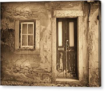 Eos Cottage Canvas Print by Yanni Theodorou