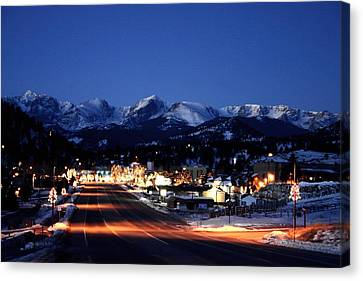 Canvas Print featuring the photograph Estes At Dawn by Perspective Imagery