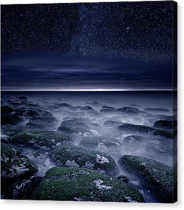 Canvas Print featuring the photograph Eternal Horizon by Jorge Maia