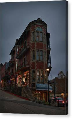Canvas Print featuring the photograph Eureka Springs - Flatiron Flats 001 by Lance Vaughn