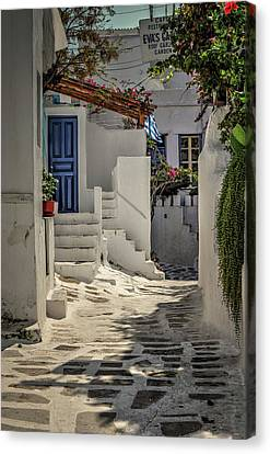 Canvas Print featuring the photograph Eva's Garden Cafe Mykonos by Tom Prendergast