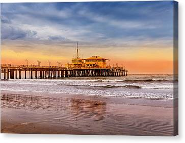 Evening Glow At The Pier Canvas Print