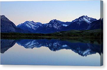 Canvas Print featuring the photograph Evening Reflection by Blair Wainman