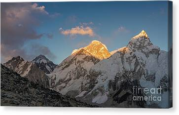 Everest And Lhotse Alpenglow Cloudscape Canvas Print by Mike Reid