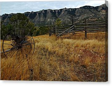 Ewing-snell Ranch 2 Canvas Print by Larry Ricker