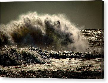 Explosion In The Ocean Canvas Print by Bill Swartwout