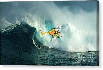 Extreme Surfing Hawaii 6 Canvas Print by Bob Christopher