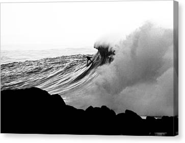 Eyes On The Prize Canvas Print by Sean Davey