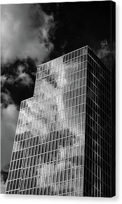 Canvas Print - Facing South by James Barber