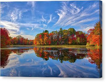 Canvas Print featuring the photograph Factory Pond Holliston Ma by Juergen Roth