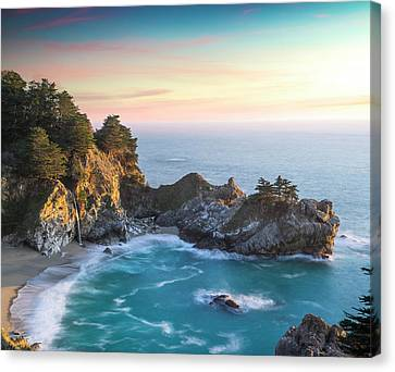 Fade To Paradise Canvas Print by Peter Irwindale