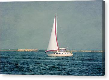 Fair Wind Canvas Print by Susan McMenamin