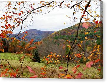 Fall In Vermont Canvas Print by Lois Lepisto