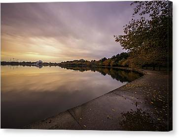 Fall On The Tidal Basin Canvas Print by Michael Donahue