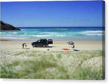 Family Day On Beach With 4wd Car  Canvas Print