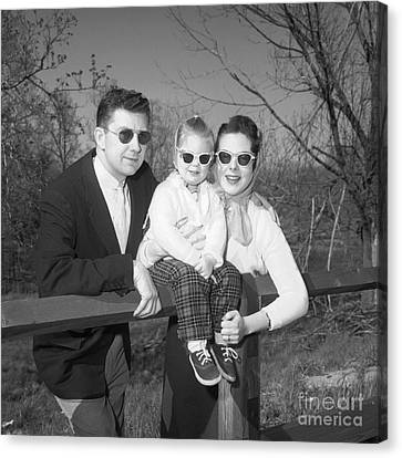 Family Portrait With Sunglasses, C.1950s Canvas Print by J. Rogers/ClassicStock