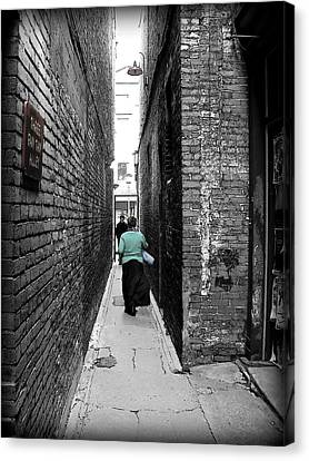 Canvas Print featuring the photograph Fan Tan Alley by Micki Findlay