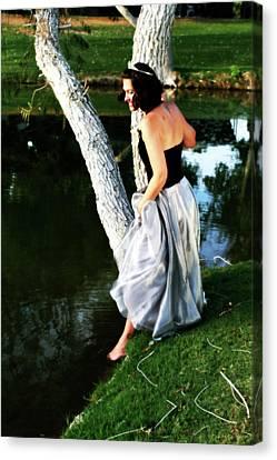 Fantasy Princess And The Pond Canvas Print by Charles Benavidez