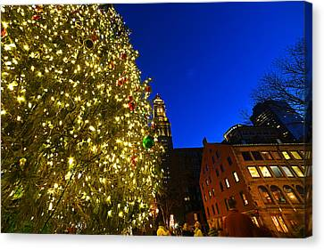 Fanueil Hall Christmas Tree Bostom Ma Quincy Market Custom House 2 Canvas Print by Toby McGuire