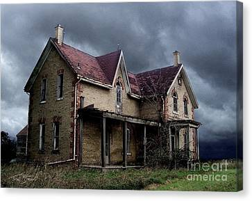 Farm House Canvas Print by Tom Straub