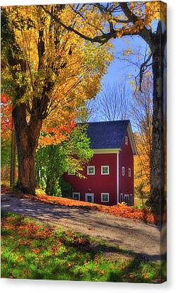 Farmhouse In Autumn - South Royalton, Vt Canvas Print by Joann Vitali