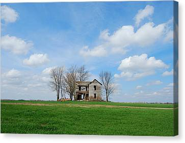 Farmstead Canvas Print by Harold Clayberg