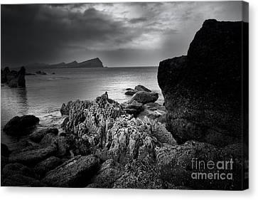 Feohanagh, Dingle, Ireland Canvas Print by Nichola Denny