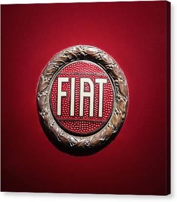 Fiat Emblem -1621c Canvas Print