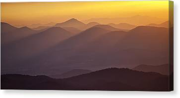 Filtered Light On The Blue Ridge Parkway Canvas Print by Rob Travis